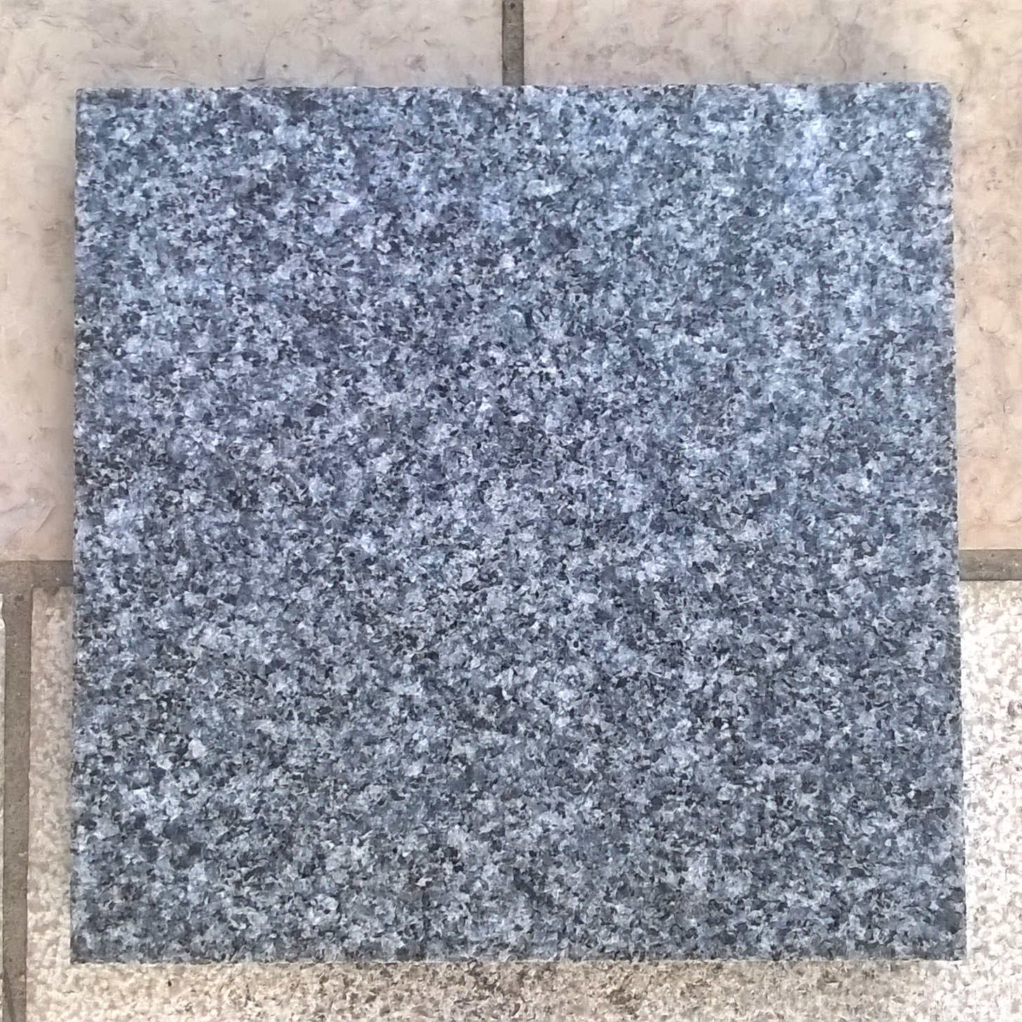 granit bleu de lanh lin defilippis. Black Bedroom Furniture Sets. Home Design Ideas