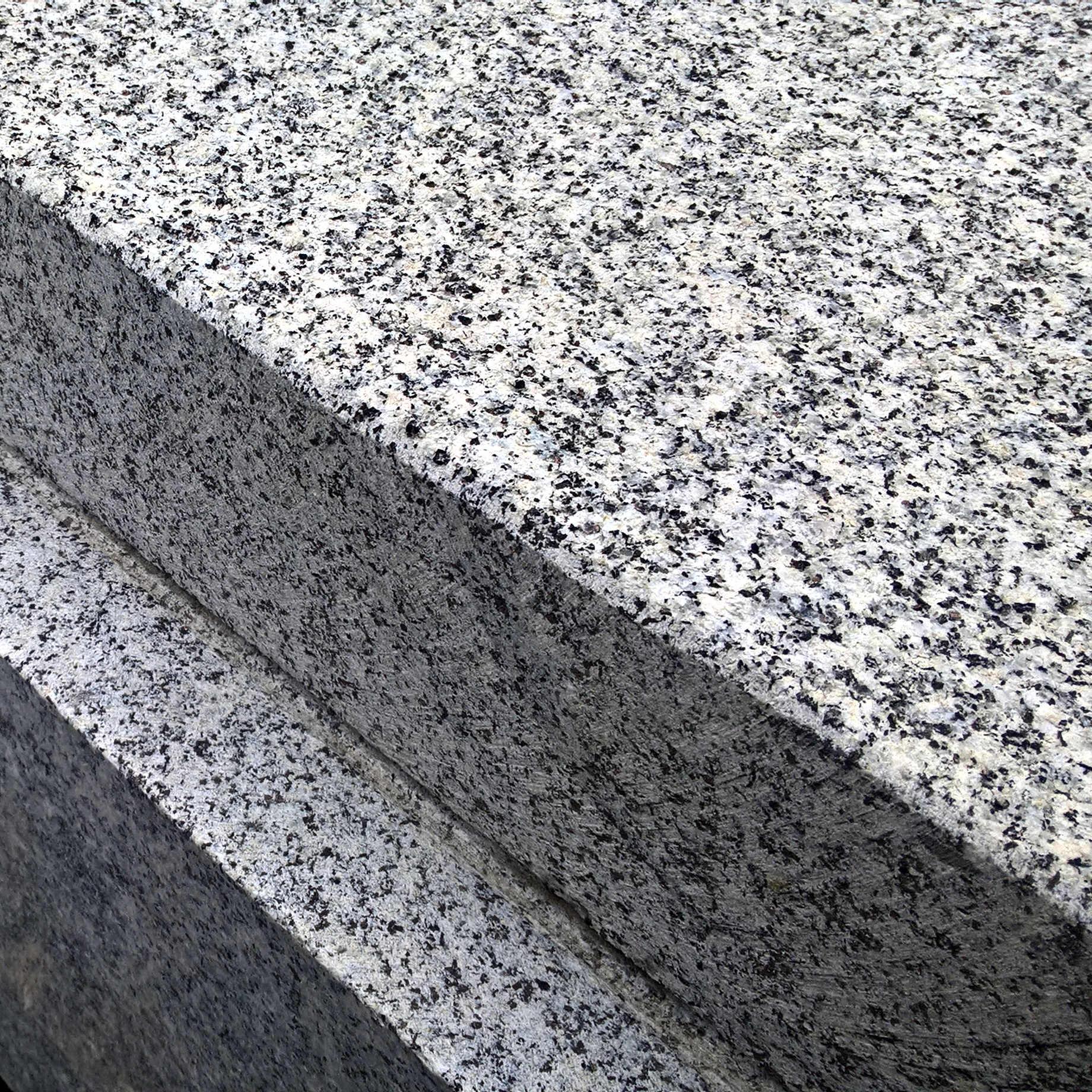 granit gris bleu de louvign233 defilippis